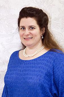 Dr. Nikki Andel